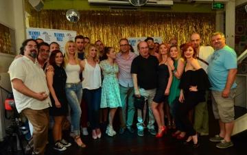 Komedijin ansambl na predstavljanju predstave 'Mamma Mia!' (Foto: Ines Novković)