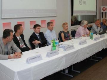 Na jučerašnjoj konferenciji za novinare pojavili su se i brojni glazbenici (Izvor: HGU)