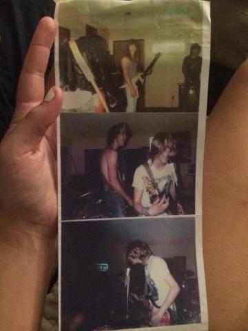 Tri fotografije s jednog od prvih nastupa Nirvane (Vlasništvo Tonyja Poukkulae - izvor: Twitter)