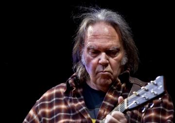 Neil Young (Izvor: Wikipedia)