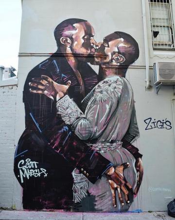 Kanye West u strastvenom zagrljaju sa samim sobom (Autor murala i fotografije: Scott Marsh)