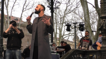 Komičar Ivan Šarić vodio je skup Za satiru spremni (Foto: Zoran Stajčić)