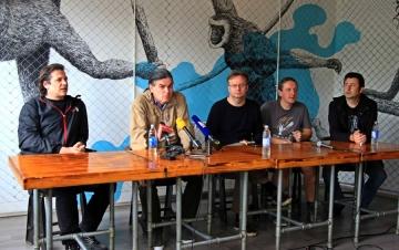 S tiskovne konferencije Udruge Promo u Kavezu; s lijeva na desno Vedran Meniga, Ilko Čulić, Zoran Marić, Mate Škugor i Dražen Goreta