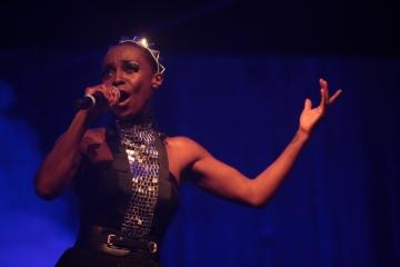Skye Edwards u Šibeniku (Foto: Nino Šolić)