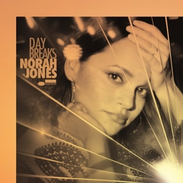 Norah Jones 'Day Breaks'