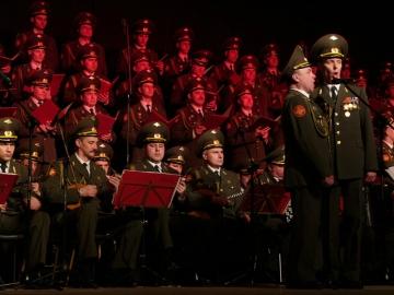 Zbor Crvene armije (Foto:  Piotr Bieniecki/http://www.fototeo.pl license: CC BY-SA 4.0 - Wikipedia)