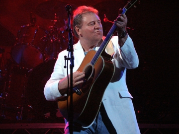 Greg Lake snimljen 2005. (Foto: Wikipedia)