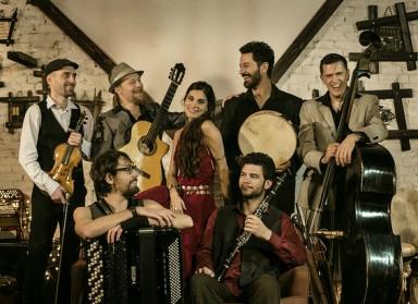 Barcelona Gipsy BalKan Orchestra: Mi volimo putovati, stoga ne volimo ni zidove ni rasizam