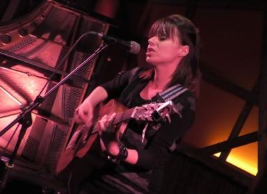 Billie Joan u Vinylu – plodna kantautorica iz neplodne zemlje