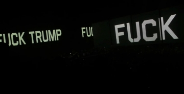 Roger Waters u Kansas Cityju - početak Us+Them turneje 2017 (Izvor: Youtube)