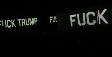 Roger Waters u Kansas Cityju - početak Us+Them turneje 2017 (Izvor: Youtube)