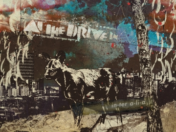 At the Drive-In 'In∙ter a∙li∙a'