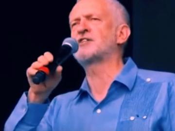 Jeremy Corbyn na Glastonburyju (Izvor: Youtube)