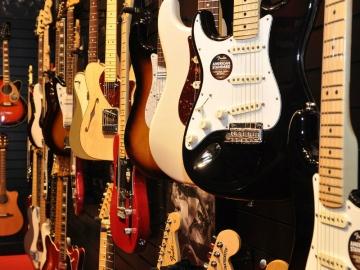 Statistike prodaje nimalo nisu naklonjene električnoj gitari (Foto: Wikipedia)