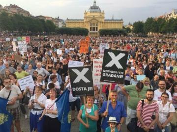Prosvjed građana za nastavak kurikularne reforme i vraćanje tima Borisa Jokića u njenu provedbu, tj. smjenu sadašnjeg instruiranog vodsta, održano 1. lipnja 2017. godine (Foto: Hrvoje Polan)