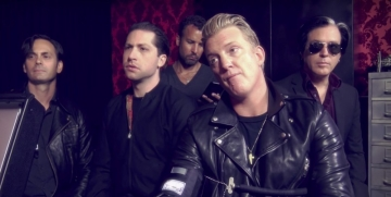 Queens of the Stone Age screen shot