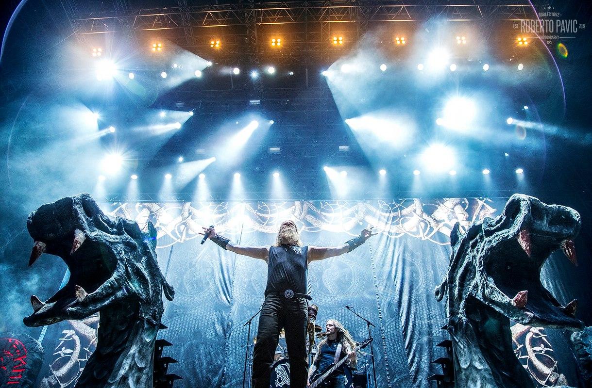 Amon Amarth na festivalu Nova Rock 2016 (Foto: Roberto Pavić)