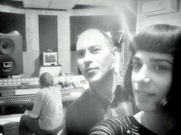 Rokamboj i Maja Rivić - selfie sa snimanja pjesme 'Vrtimo pedale'