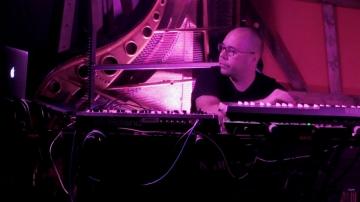 Nastup Marka Jovanovića u Vinylu sklopu EMI projekta (Foto: Zoran Stajčić)