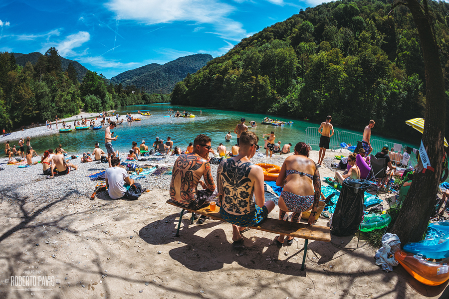 Punk Rock Holiday u Tolminu 2016 - atmosfera (Foto: Roberto Pavić)