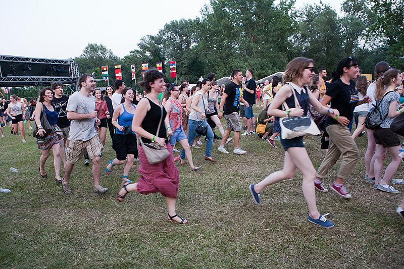 Retro Stefson su opet natjerali publiku na aerobik (Foto: Tomislav Sporiš)