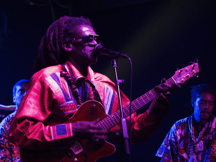 Cheikh Lô u Aquariusu (Foto: Walter Thompson)