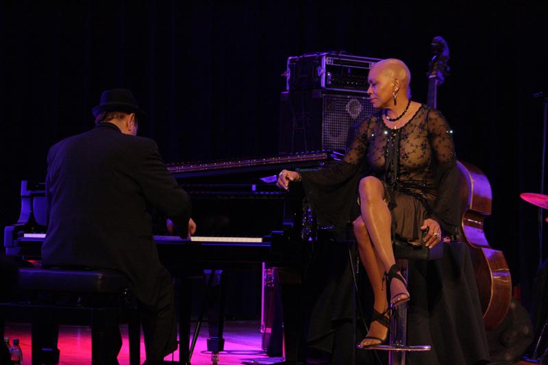 Dee Dee Bridgewater i Edsel Gomez (Foto: Walter Thompson)