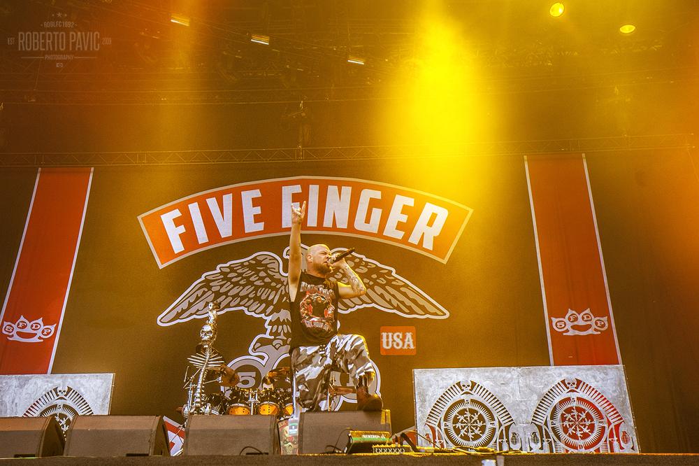 Five Finger Death Punch na Nova Rock 2015 festivalu (Foto: Roberto Pavić)