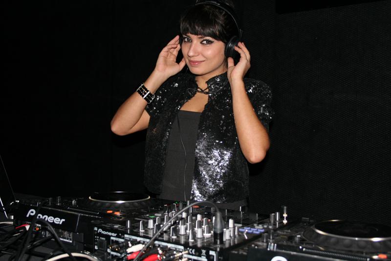 DJ Rea na otvorenju Vip Cluba (Foto: walter Thompson)