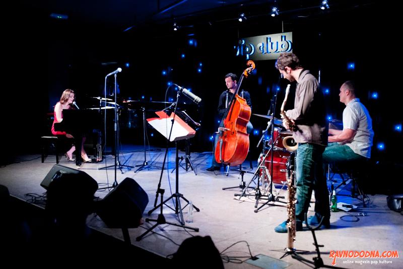 Lana Janjanin Band na Jazzarelli u Vip Clubu (Foto: Dinko Bažulić)