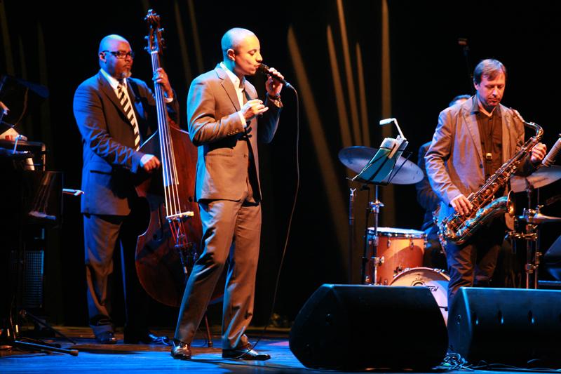 McCoy Tyner Trio featuring Jose James & Chris Potter (Foto: Walter Thompson)