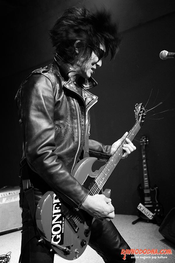 Guitar Wolf u Vintage Industrial Baru (Foto: Tomislav Sporiš)