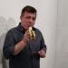 Posjetitelj pojeo bananu prethodno prodanu za 120.000 dolara na izložbi Art Basel
