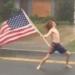 Čovjek se protiv uragana Florence borio puštajući Slayer, snimka je, preko noći, postala viralna